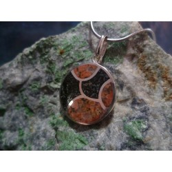 Sterling silver pendant with Rouge de Porto and Black Diorite