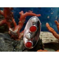 Bague argent massif corail rouge et oeil de Sainte Lucie