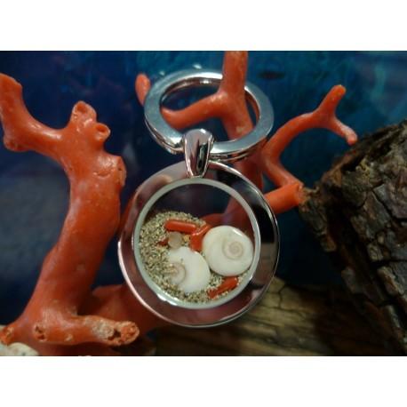 Porte-clés acier oeil de Sainte Lucie et corail rouge