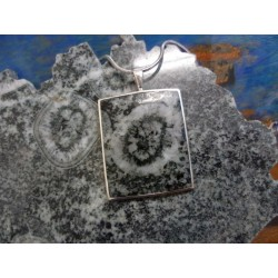 Pendentif argent massif et diorite orbiculaire