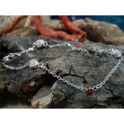 Bracelet enfant argent massif corail rouge et oeil de Sainte Lucie