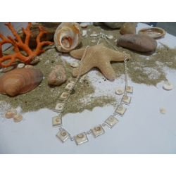 Collier  oeil de Sainte Lucie et argent massif