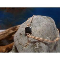 Bracelet cordon cuir naturel et diorite noire